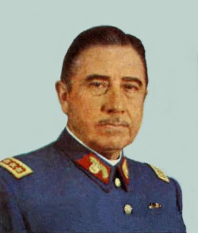 Генерал-капитан Аугусто Пиночет, убийца и палач, признанный международным судом